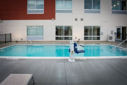 Terrace/Patio | Holiday Inn Express and Suites West Memphis
