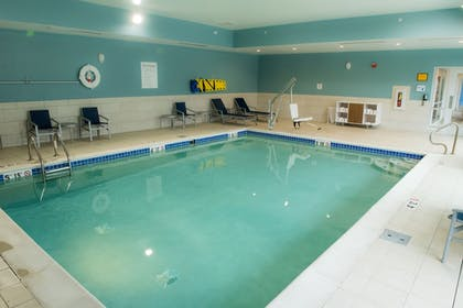 Pool | Holiday Inn Express & Suites Merrillville