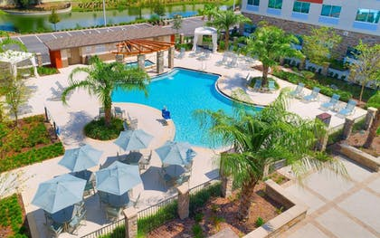 Pool   Holiday Inn Express & Suites Gainesville I-75