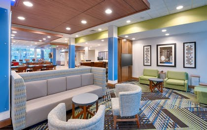 Interior   Holiday Inn Express & Suites Gainesville I-75