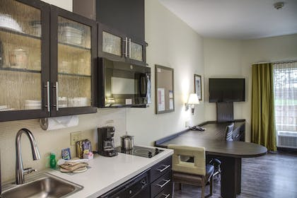 Room | Candlewood Suites Austin North