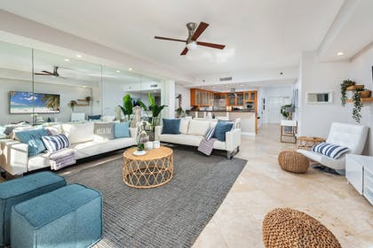 Living Area | Fisher Island by Sunnyside Resorts