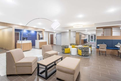 Lobby | Microtel Inn & Suites by Wyndham Limon