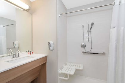 Bathroom Shower | Microtel Inn & Suites by Wyndham Limon