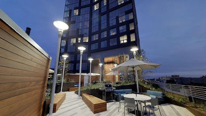 BBQ/Picnic Area | Coral Homes - Designer Penthouses in Old City