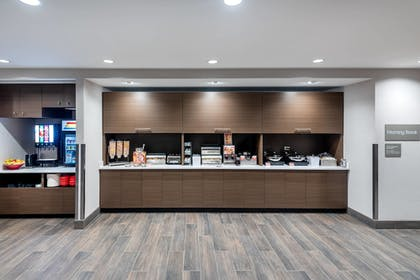 Breakfast buffet | TownePlace Suites by Marriott Whitefish
