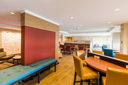 Lobby | TownePlace Suites by Marriott Portland Beaverton