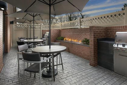 BBQ/Picnic Area | TownePlace Suites by Marriott College Park