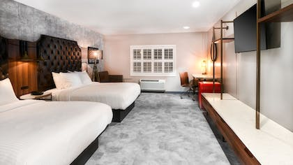 Guestroom | Hollywood Inn Suites Hotel