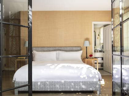 Guestroom | Hotel 850 SVB West Hollywood at Beverly Hills