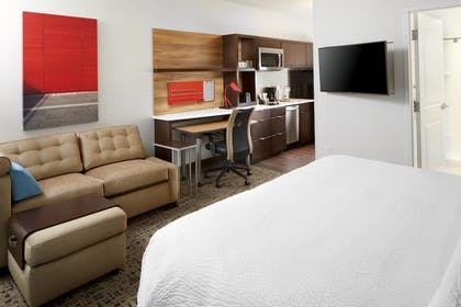 Guestroom | TownePlace Suites by Marriott Columbus Easton Area