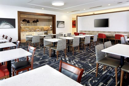 Restaurant | TownePlace Suites by Marriott Columbus Easton Area