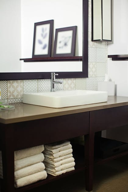 Bathroom | Country Inn & Suites by Radisson, Lubbock Southwest, TX