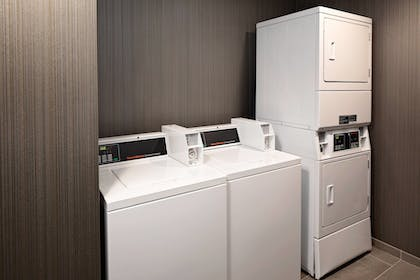 Laundry | Courtyard by Marriott Dallas Downtown/Reunion District