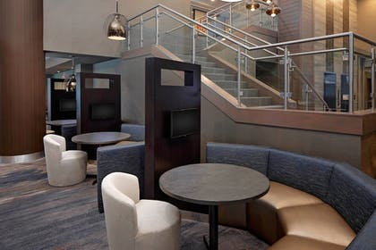 Lobby Lounge | Courtyard by Marriott Dallas Downtown/Reunion District
