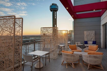 Restaurant | Courtyard by Marriott Dallas Downtown/Reunion District