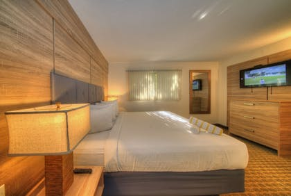 Room | Club Lux Resort By the Beach