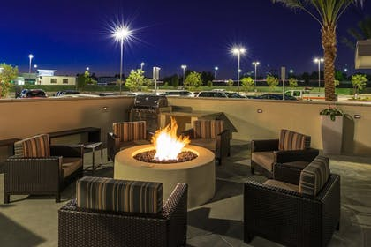 BBQ/Picnic Area | TownePlace Suites by Marriott Ontario Chino Hills