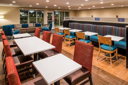 Breakfast Area | TownePlace Suites by Marriott Ontario Chino Hills