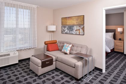 Living Room | TownePlace Suites by Marriott Ontario Chino Hills