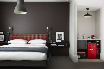 Guestroom | The George