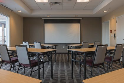 Meeting Facility | TownePlace Suites by Marriott Syracuse Liverpool