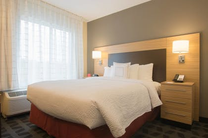 Guestroom | TownePlace Suites by Marriott Syracuse Liverpool