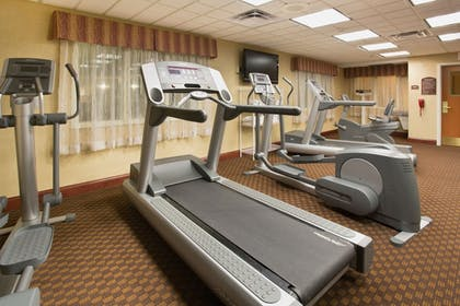 Fitness Facility | Holiday Inn Express Mitchell