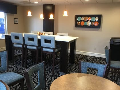 Executive Lounge | AE Hotels Andrews Inn and Suites