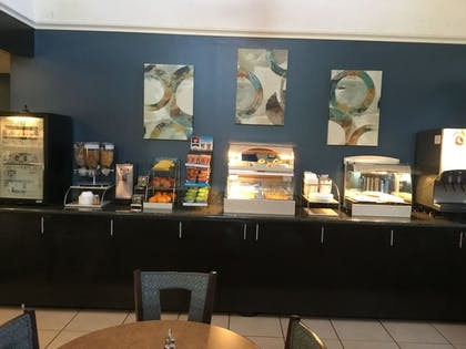 Breakfast Area | AE Hotels Andrews Inn and Suites