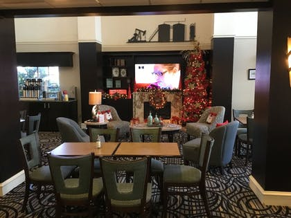 Lobby Sitting Area | AE Hotels Andrews Inn and Suites