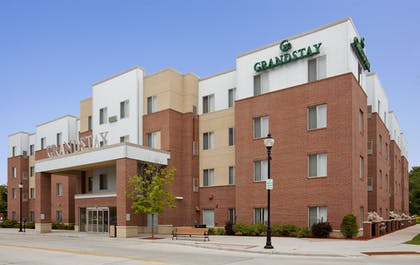 Featured Image   Grandstay Residential Suites Hotel - Sheboygan