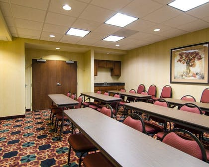 Meeting Facility | MainStay Suites Rogers near I-49