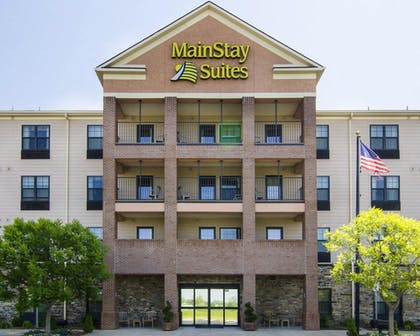 Featured Image | MainStay Suites Rogers near I-49