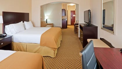 Guestroom | Holiday Inn Express & Suites Yukon