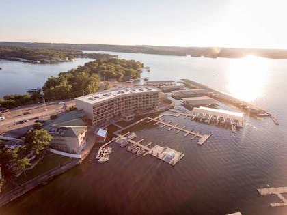 Property Grounds   Camden on the Lake Resort & Spa