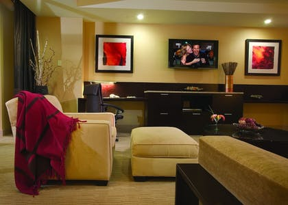 Living Room | Agua Caliente Resort Casino Spa Rancho Mirage