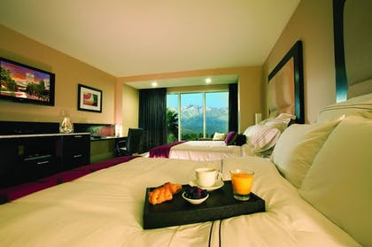 Guestroom | Agua Caliente Resort Casino Spa Rancho Mirage