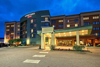 Featured Image | Courtyard by Marriott Newport News Airport