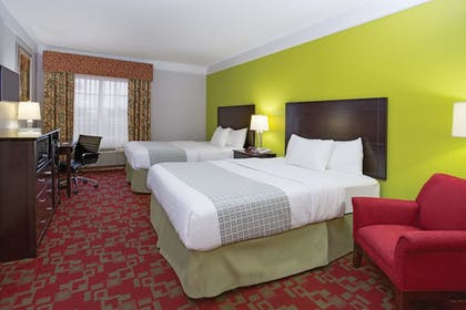 Room | La Quinta Inn & Suites by Wyndham St. Augustine