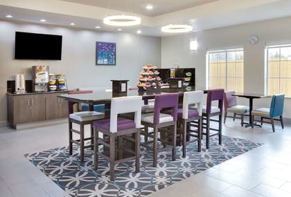 Property Amenity | La Quinta Inn & Suites by Wyndham Corsicana