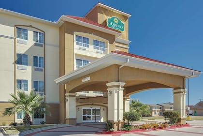 Featured Image | La Quinta Inn & Suites by Wyndham Corsicana