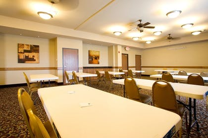 Meeting Facility   Holiday Inn Express & Suites Kingsville