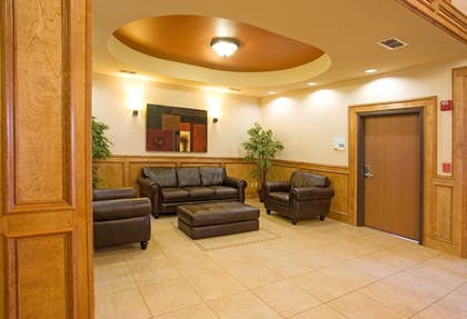 Lobby   Holiday Inn Express & Suites Kingsville