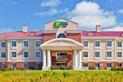 Exterior | Holiday Inn Express Hotel & Suites Magee