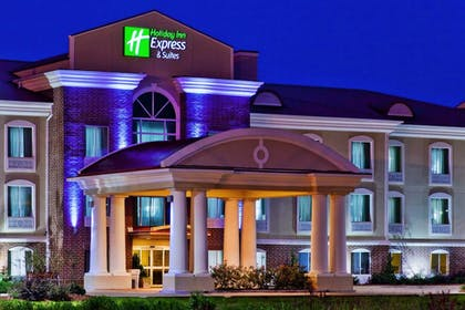 Featured Image | Holiday Inn Express Hotel & Suites Magee