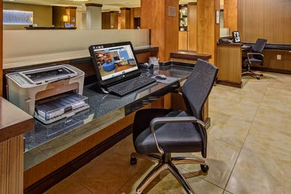 Business Center | Fairfield Inn & Suites by Marriott Memphis Olive Branch