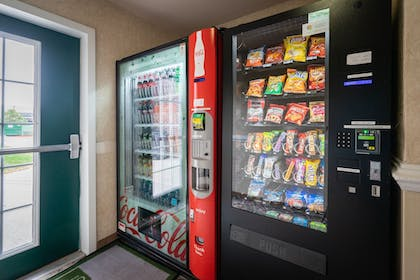 Vending Machine | Cottonwood Suites Westminster