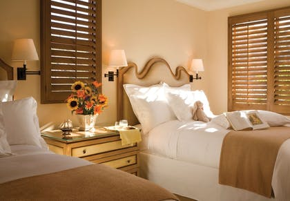 Extra Beds | The Resort at Pelican Hill