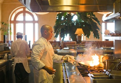 Dining | The Resort at Pelican Hill